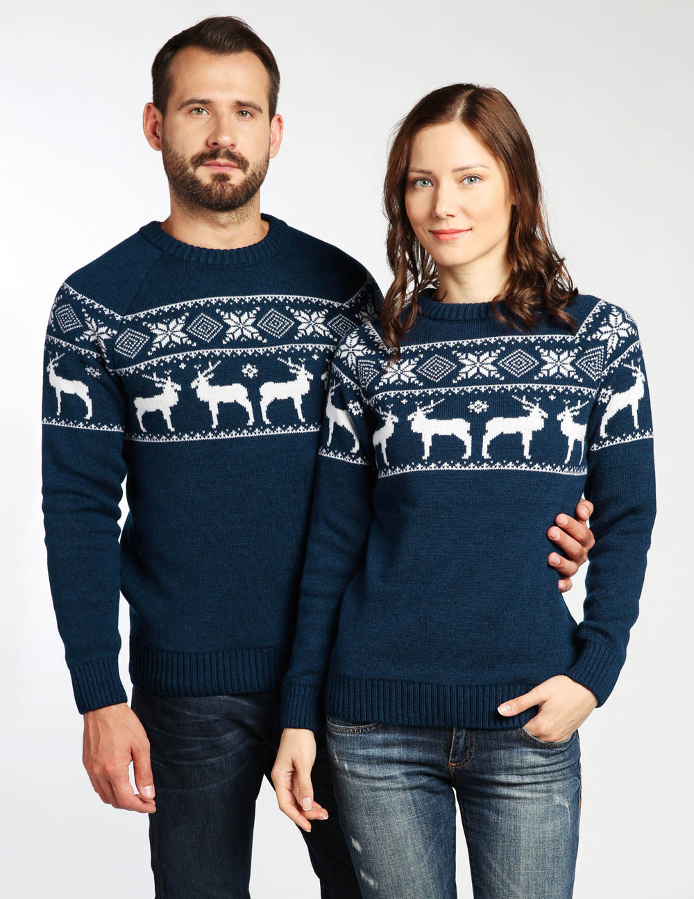 Новогодние свитера для двоих фото